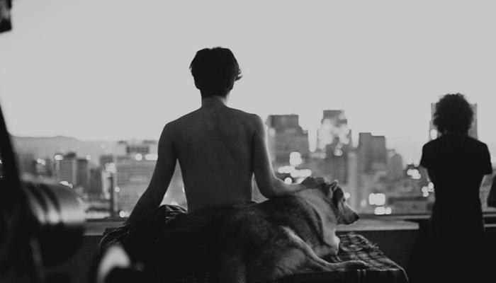 Entre a razão e a emoção, nós dois ficamos onde?